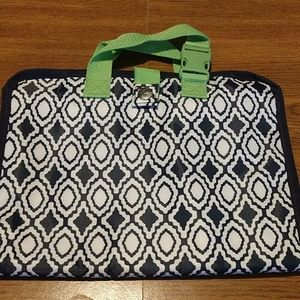 Thirty-one gifts- Timeless Beauty Bag